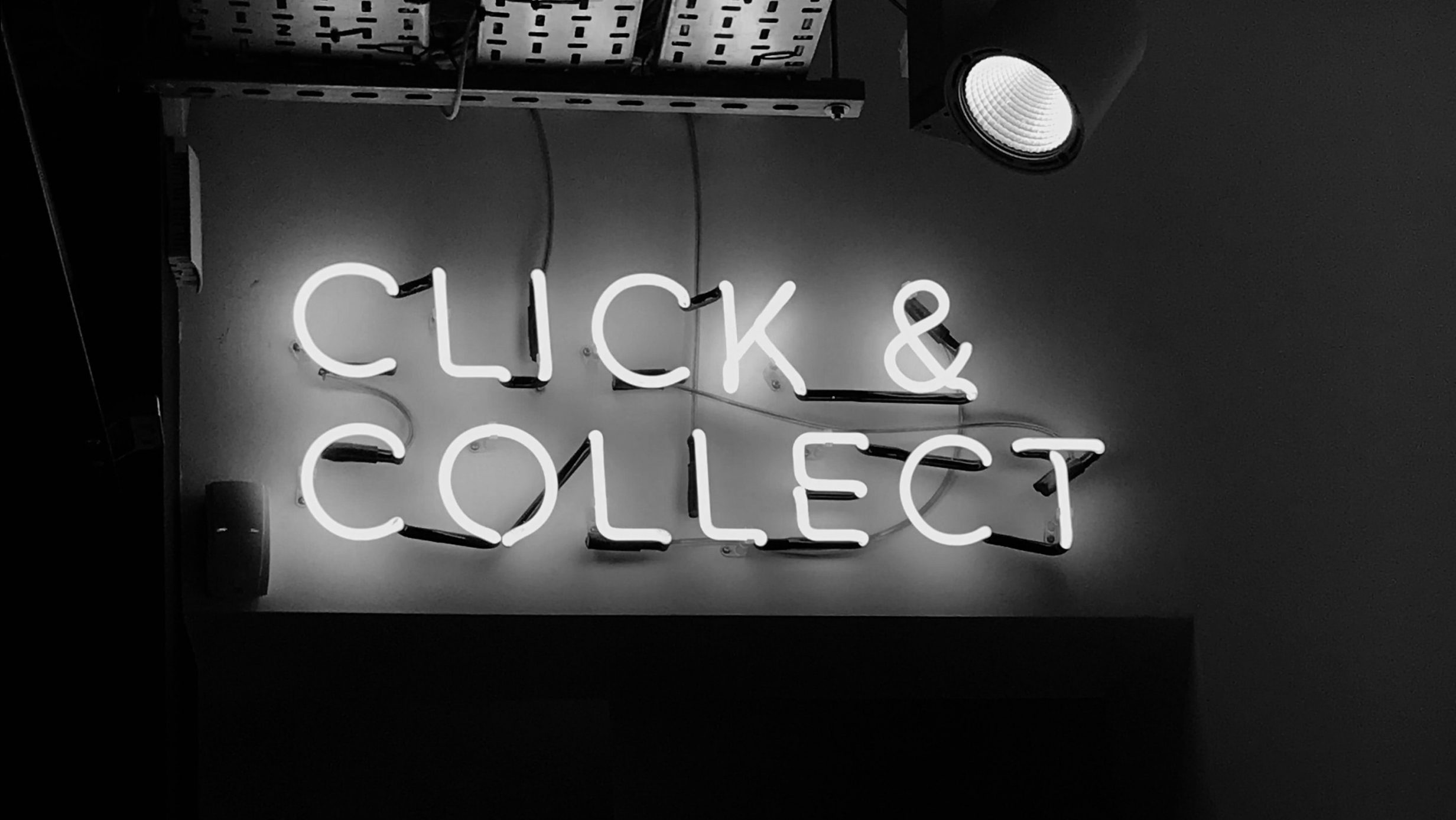 letras click and collect